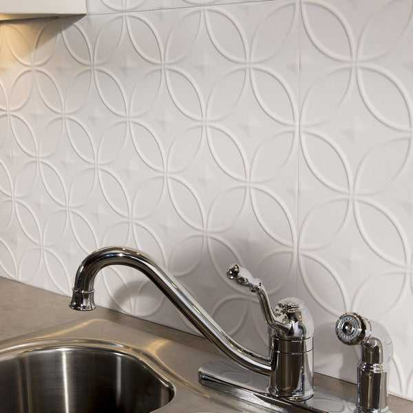 Fasade Rings Matte White 18 sq. ft. Backsplash Kit